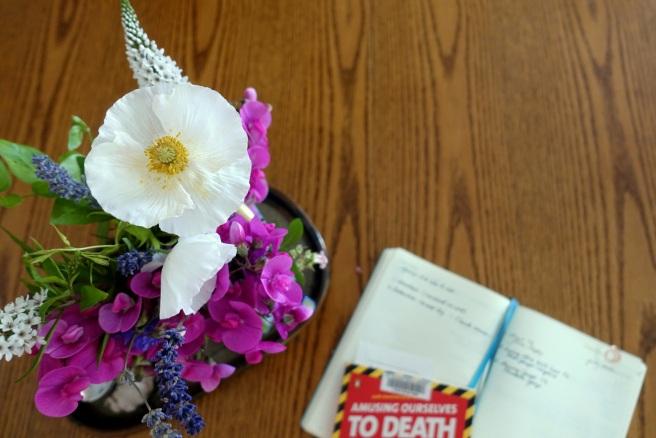 FW18.readingandflowers